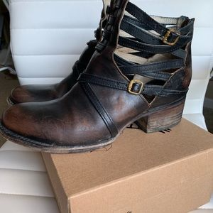 Freebird by Steven Shoes - Free Bird by Steven Stair-Black Distressed Size 9